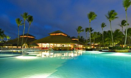 grand palladium punta cana pool at night