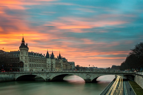 Paris Bridge and Castle