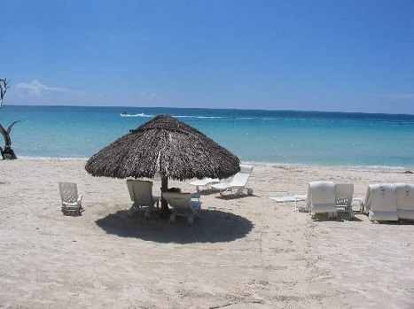 Couples Swept Away Negril2