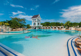 sandals ochi beach pool